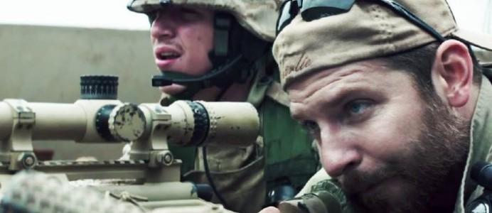 Sýnishorn: Bradley Cooper á engra kosta völ í American Sniper